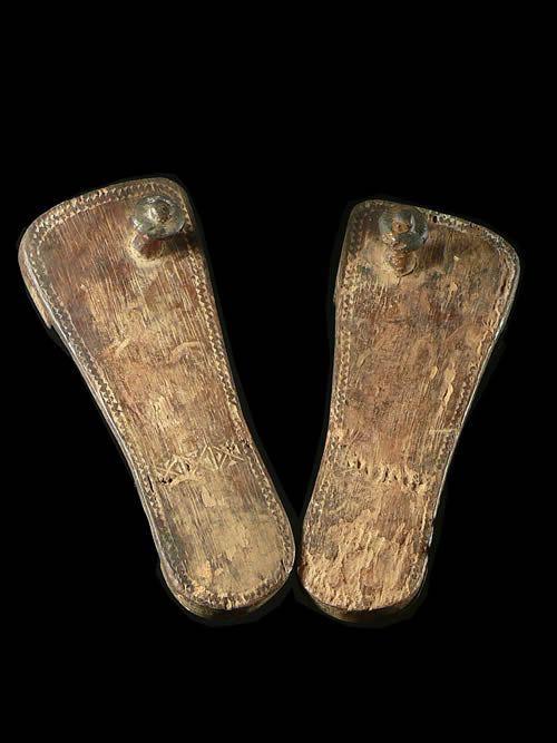 Claquettes en bois - Kwere / Zaramo - Tanzanie