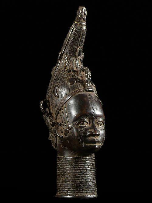 Tete de reine mere en Bronze - Ife - Bini Edo - bronzes du Benin