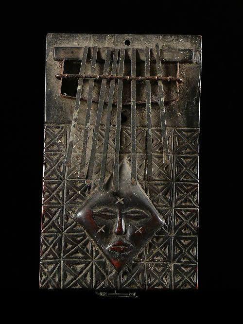Sanza - Chokwe - RDC Zaire / Angola - Instruments de musique