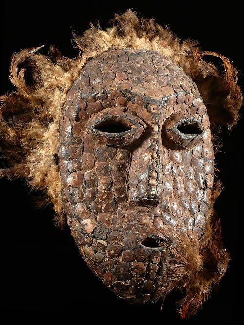 Masque de ceremonie - Lega - RDC Zaire