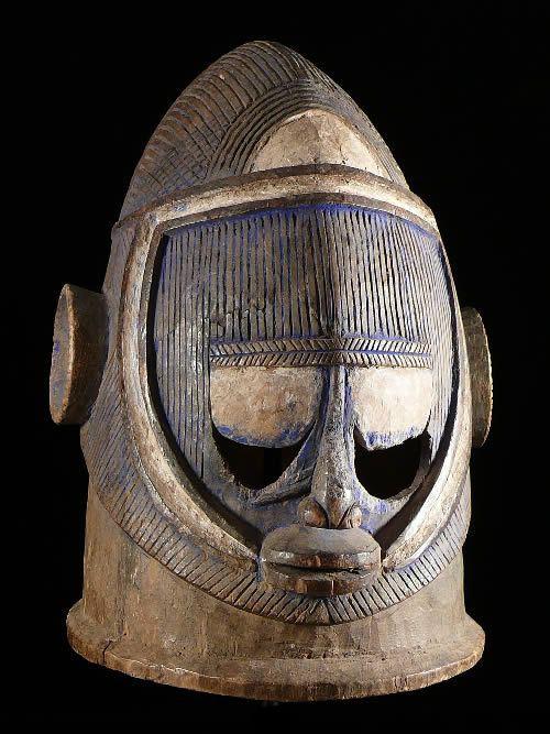 Masque casque Egu Ojuegu - Igala - Nigeria