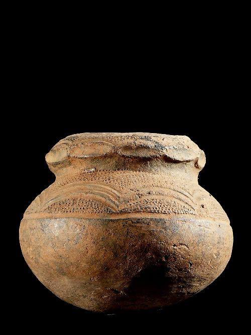 Petite poterie ancienne - Pere - RDC Zaire / Ouganda