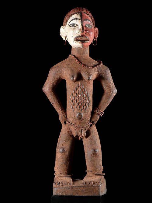 Statue cultuelle feminine - Ethnie Kongo / Lumbu - RDC Zaire