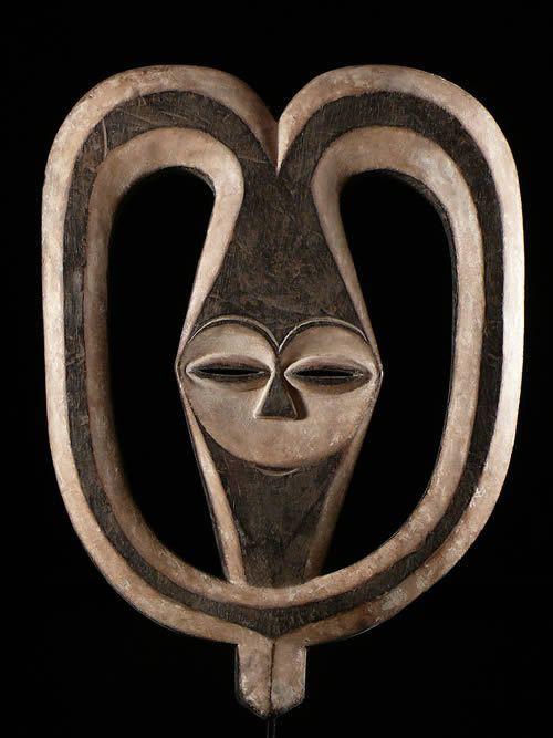 Masque Ekuk - Kwele / Bakwele - Gabon - Masques Africains