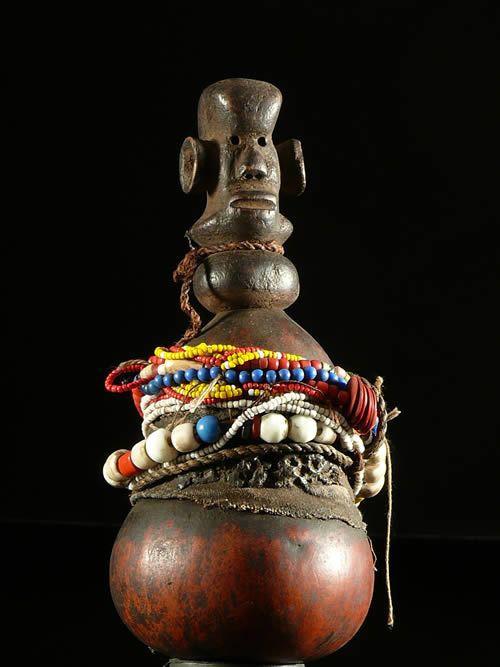 Gourde a substances magiques ou medicinales - Ziguwa - Tanzanie