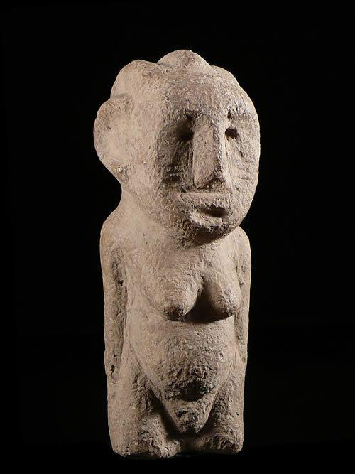 Stele funeraire en pierre - Bongo / Zande - Soudan