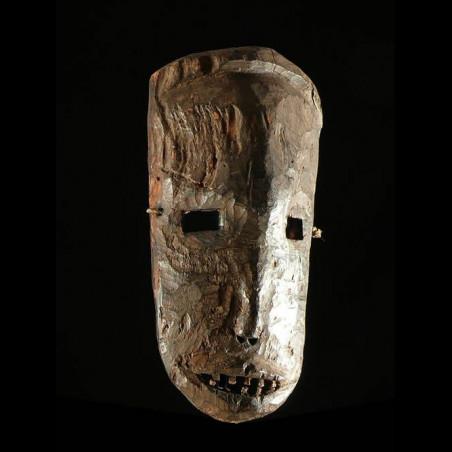 Masque ancien en ecorce -...