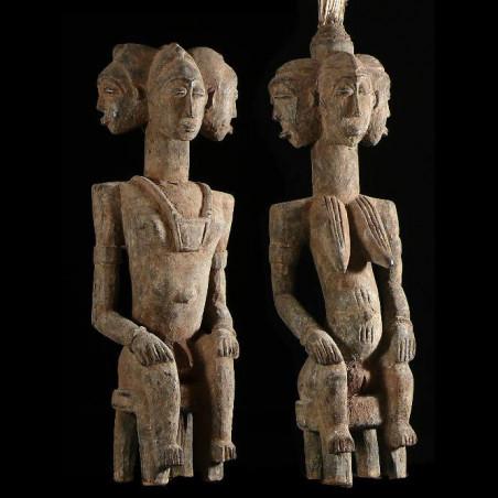 Couple de statues gardiens...