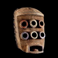 Masque funeraire feminin -...
