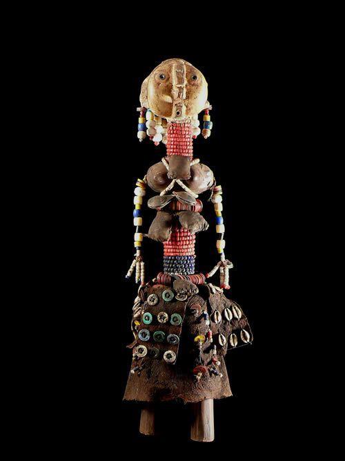 Poupee rituelle perlee - Nyaneka / Humbe / Mwila - Angola