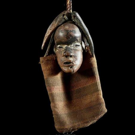 Masque amulette de chasseur...