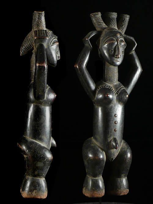 Statue pilon de reine - Attie - Côte d'Ivoire