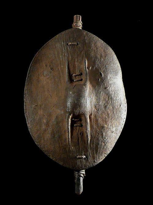 Bouclier en cuir - Nyaturu / Wanyaturu - Tanzanie