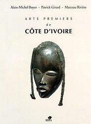 livre Arts premiers